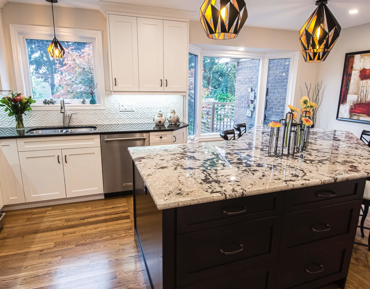 Island - Royal White granite, Perimeter- Steel Patina Hanstone